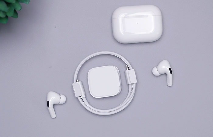 Complete Accessories box of Airpod Pro
